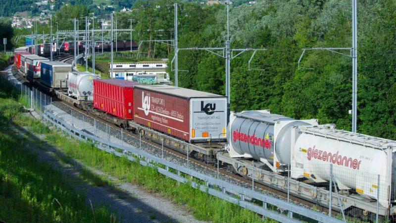 Tedeschi mangia-spaghetti, treni speciali di pasta in arrivo dall'Italia