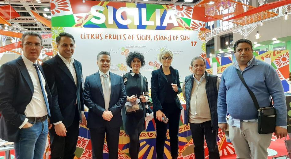 Fruit Logistica, Bellanova promette: in Sicilia per incontrare gli agrumicoltori