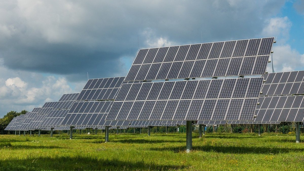 Fotovoltaico, senza Piano energetico regionale terreni agricoli a rischio